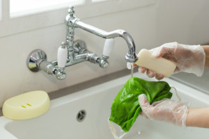 キッチンの水が濁っていたら、原因は?対処方法は?